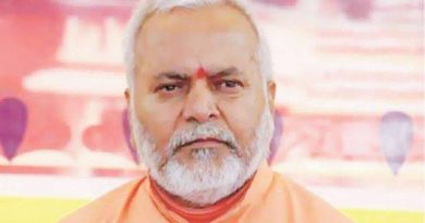 swami-chinmayanand_clipsage