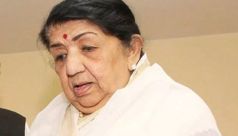 Lata Mangeshkar in critical situation